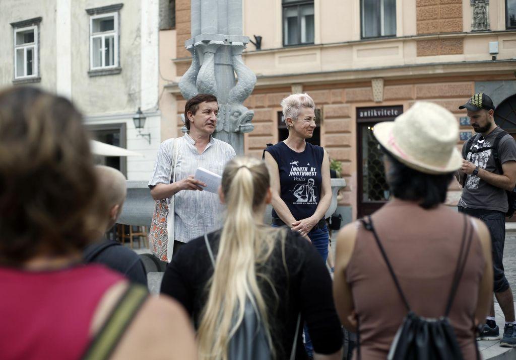 FOTO:Ljubljanski »angeli« in njihova srečevanja v »kapel'ci«
