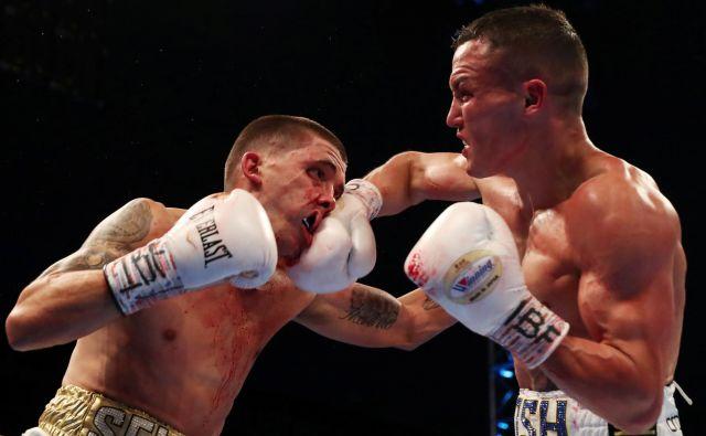 V Leedsu sta se za naslov najboljšega boksarja v peresnolahki kategoriji po verziji IBF pomerila Lee Selby in Josh Warrington.FOTO: Peter Cziborra/Action Images Via Reuters