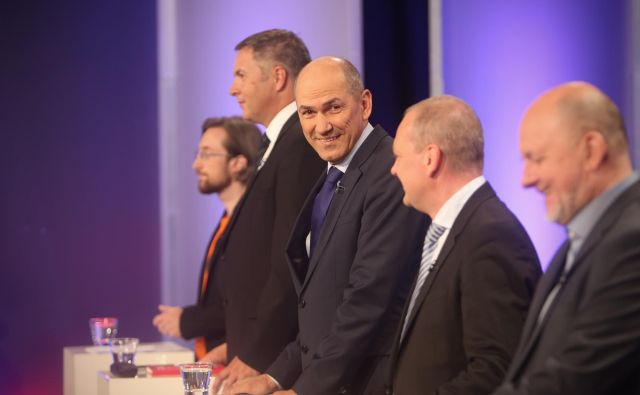 Kdo je prejel največ glasov na predčasnih volitvah, še ne bo znano takoj po zaprtju volišč FOTO: Jure Eržen/DELO