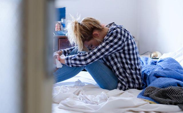 Mladi ponavadi poiščejo pomoč zelo pozno. FOTO: Shutterstock
