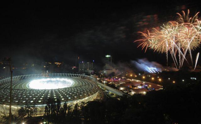 Na Olimpijskem stadionu v Kijevu je bil pred šestimi leti finale EP, zdaj bo tu sklepna predstava lige prvakov. Foto Reuters