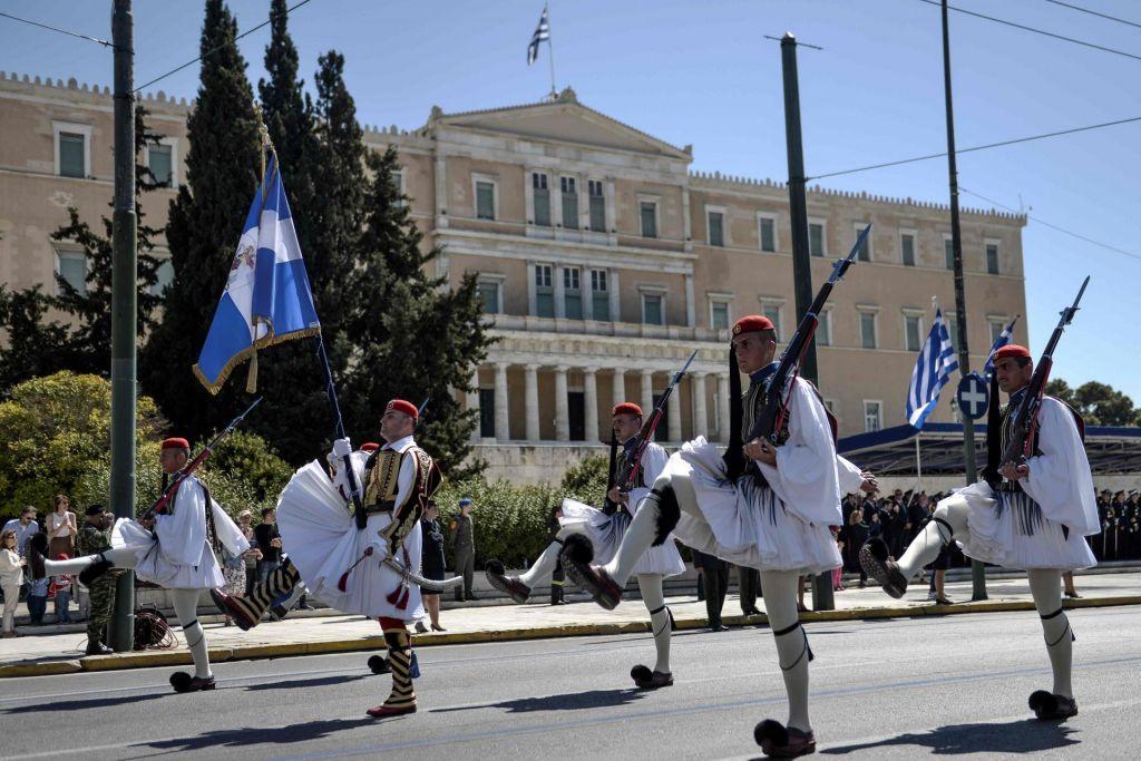 Grčija že sanja nižje davke