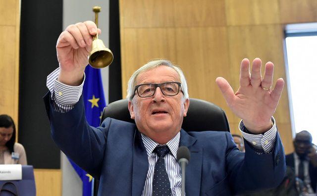 V evropski komisiji Jeana-Clauda Junckerja opozarjajo na negotovosti glede prihodnje zdravstvene in dolgotrajne oskrbe, predvsem z vidika stroškovne učinkovitosti, dostopnosti in kakovosti. FOTO: AFP