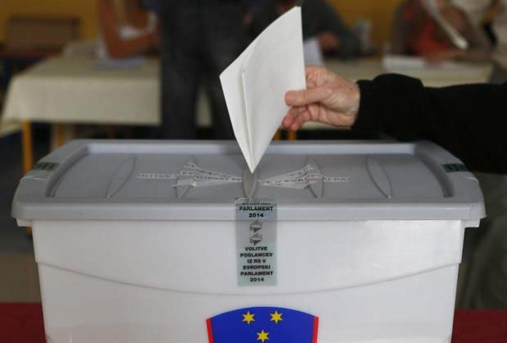 Izseljencem poslali več kot 96.000 glasovnic