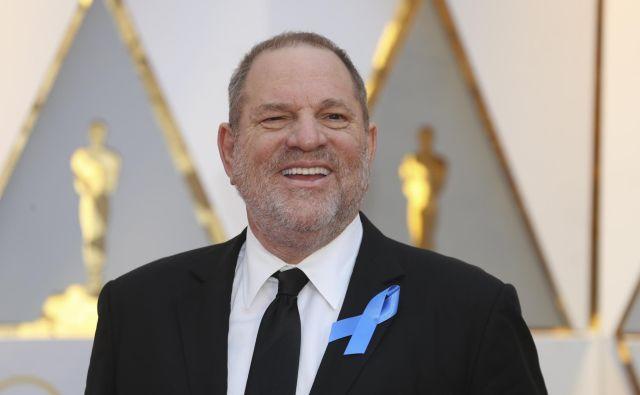 Po pričakovanjih naj bi proti Harveyju Weinsteinu, nekdaj enemu najbolj uspešnih producentov, ki ga spolnih napadov obtožuje več deset žensk, danes vložili prvo obtožnico zaradi teh napadov. FOTO: Mike Blake/Reuters