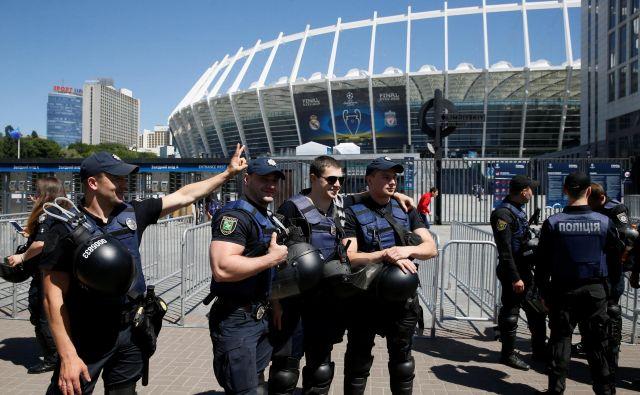 V Kijevu je v zadnjih dneh vse v znamenju finala. FOTO: Valentyn Ogirenko/Reuters