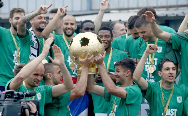 Nogometaši Olimpije so državni prvaki! FOTO: Roman Šipić/Delo