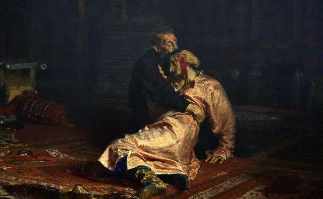 Ilja Repin: Ivan Grozni s sinom 16. novembra 1581. Slika prikazije historičen motiv kontroverznega ruskega carja z umirajočim sinom v naročju. Smrtno ranil ga je sam. FOTO: Wikipedia