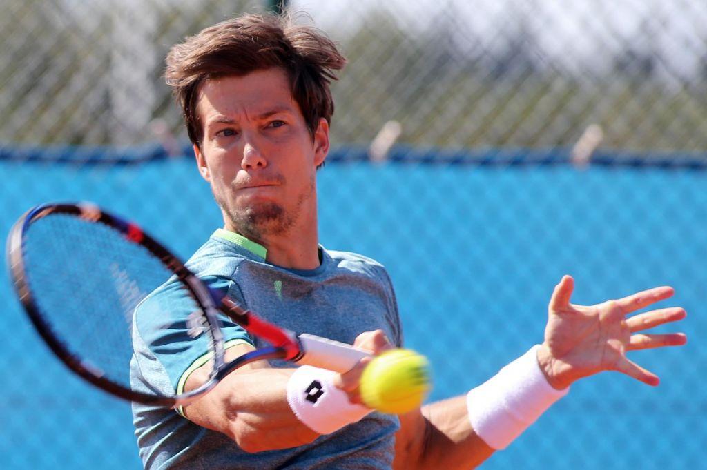Roland Garros: Bedene in Hercogova hitro pospravila kovčke