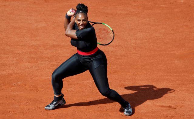 Tretji dan Roland Garrosa so bile oči uperjene v Sereno Williams, ki se vrača po porodu.<br /> FOTO: Reuters