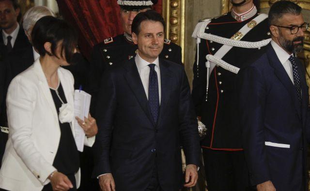 Giuseppe Conte, novi italijanski premier je 53-letni odvetnik in profesor prava, ki je javnosti neznan in je bil donedavnega zelo oddaljen od sveta politike. FOTO: Gregorio Borgia/AP