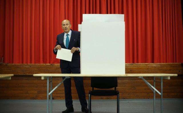 Janez Janša na volišču v Šentilju pri Velenju FOTO: Jure Eržen