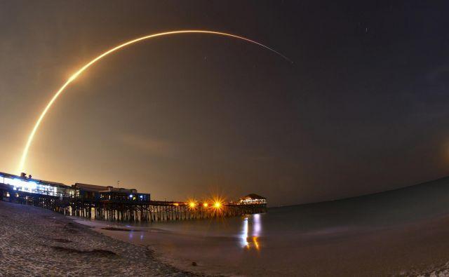 Šlo bo za let do najbolj oddaljene točke v vesolju, do katere je človek kadarkoli prišel. FOTO: AP