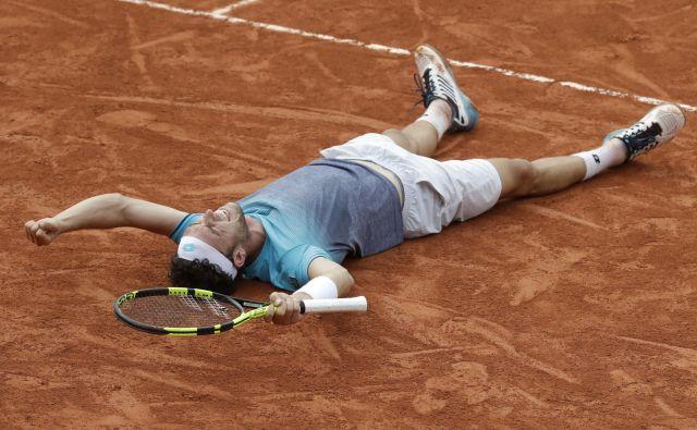 Marco Cecchinato se je v solzah veselil uspeha kariere.