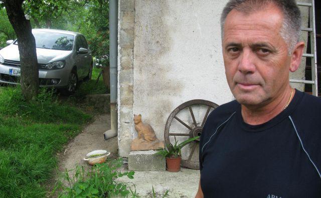 Marjan Jamšek, predsednik KS Dobovec, poudarja, da so Dobovčani pred tridesetimi leti dovolili Tetu, da dvestometrsko vrtino za četrti energetski blok uredi na njihovem ozemlju. Foto Polona Malovrh
