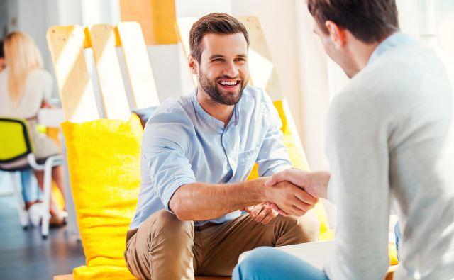Če človeka, ki si ga želite za mentorja, nagovorite z jasnim ciljem, je možnost, da vas bo sprejel, velika.Foto Shutterstock