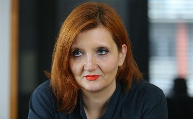 Liberalnost, ki je v Sloveniji zelo popularna, ni mogoča s pritiskom na MNZ, ampak s strategijo, s katero se salonski liberalci ne želijo ukvarjati. FOTO: Jože Suhadolnik