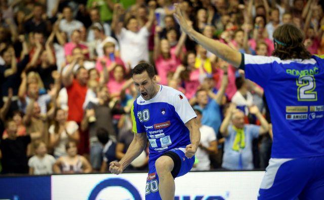 Luka Žvižej se je takole veselil zmage proti Madžarom pred štirimi leti.