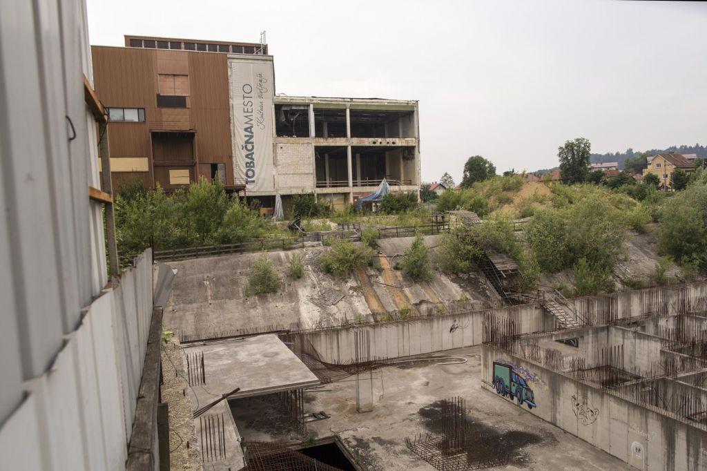 Bodo tujci končali nasedle mestne projekte?