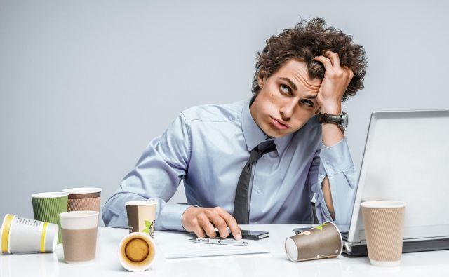 V novem delovnem okolju je pomembno, da se zavedate, da ne veste vsega in se morate še veliko naučiti. FOTO: Romarioien/Getty Images/iStockphoto