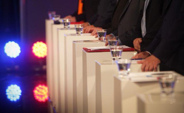 Predvolilno osoočenje predsednikov in predsednice političnih strank na RTV SLO. FOTO: Jure Eržen/delo