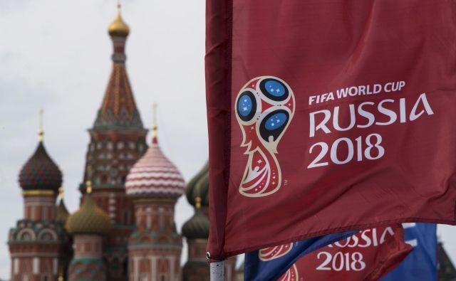 Rusi odštevajo dneve do četrtkove prve tekme mundiala med Rusijo in Saudsko Arabijo. FOTO: AP