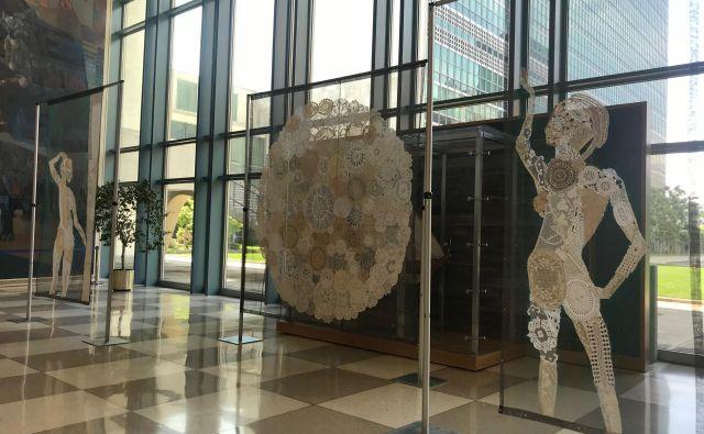 Eva Petrič bi rada z instalacijo opozorila na povezanost sveta. FOTO: Osebni arhiv