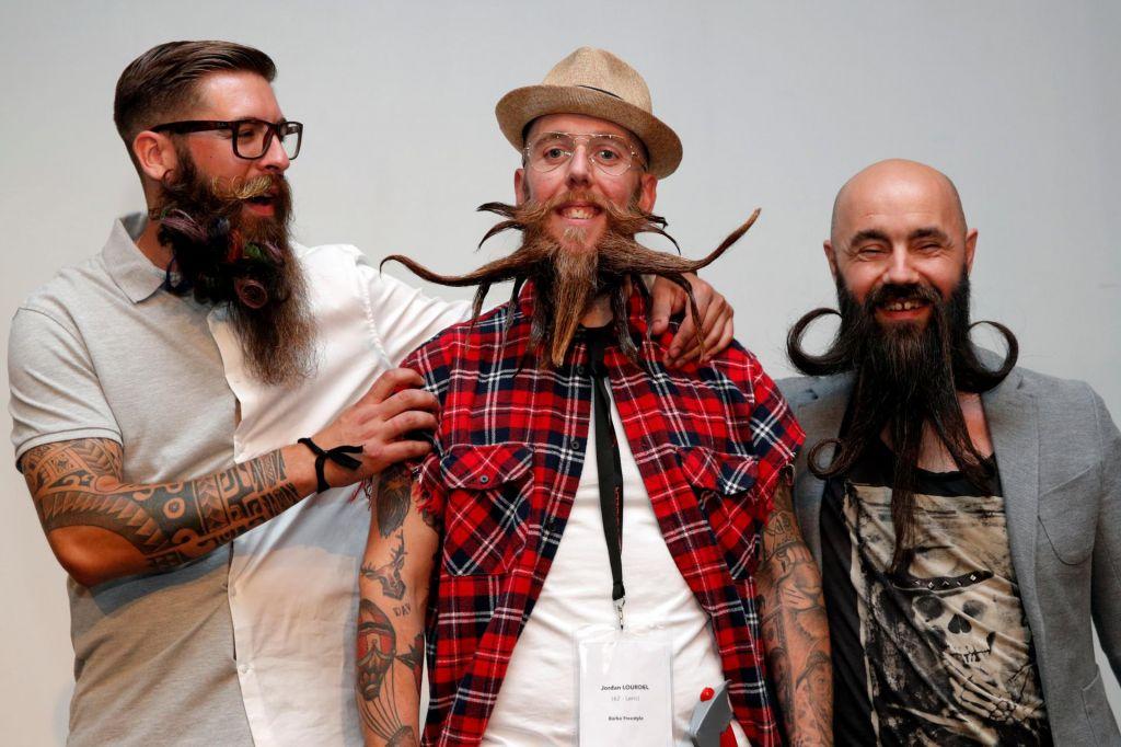 """FOTO:Tekmovanje """"hipsterjev"""""""