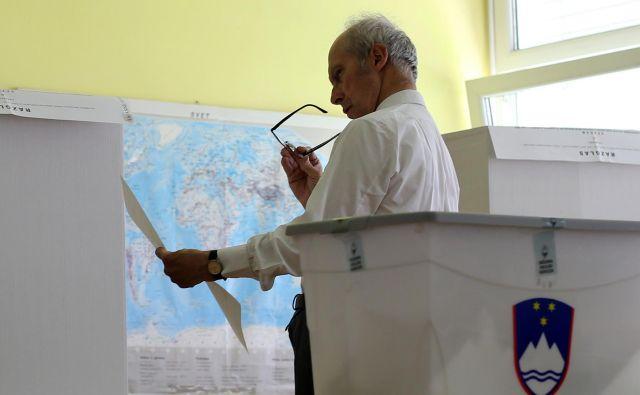 Danes so tudi že znani končni izidi predčasnih parlamentarnih volitev, saj so prišteli glasovnice, oddane po pošti iz tujine. Foto Tomi Lombar/Delo