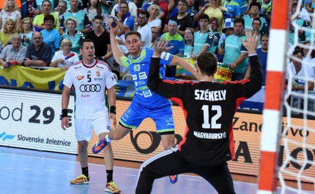 Darko Cingesar je bil na prvi tekmi v Kopru med boljšimi v domači reprezentanci in je dosegel tri gole.
