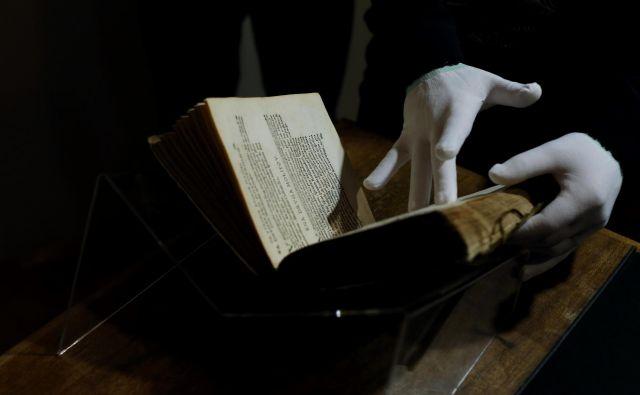 Trubar je postal podporni steber slovenstva, a šele ko je dobil svojega zlobnega dvojčka, ljubljanskega škofa Hrena. FOTO: Uroš Hočevar/Delo