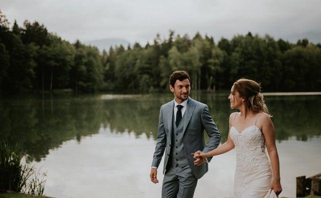 Jakov Fak in njegova Matea sta se odločila, da bosta v zakonski stan skočila na manjši poroki, na kateri je bilo 80 svatov. FOTO:Lukart wedding photography