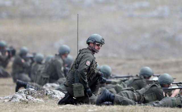 Vojaki Euforja na vojaški vaji pri mestu Kalinovik FOTO: Dado Ruvić/Reuters