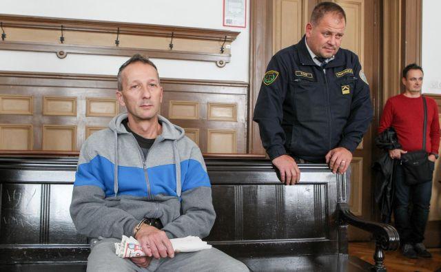 Slobodan Bobić uboja invalidnega soseda ni priznal. FOTO: Marko Feist