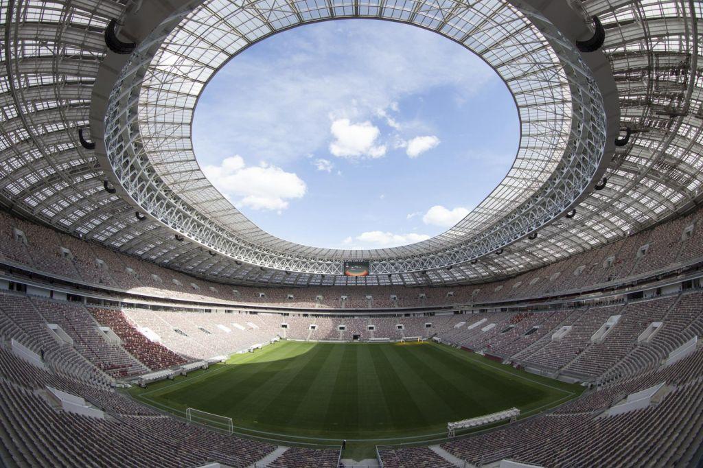 Enajst mest, dvanajst stadionov, deset milijard dolarjev stroškov