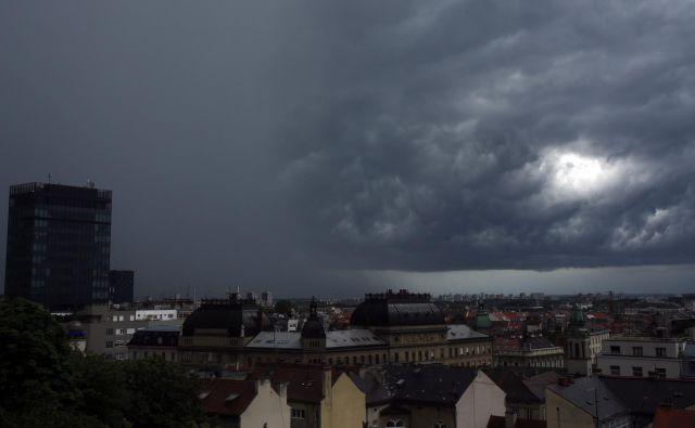 Zagreb je zajelo močno neurje s točo. FOTO: CROPIX