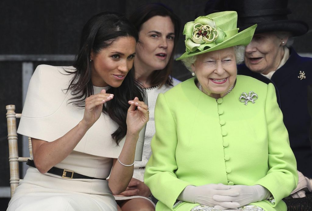 FOTO:Kraljica in Meghan sta se odlično zabavali (FOTO)