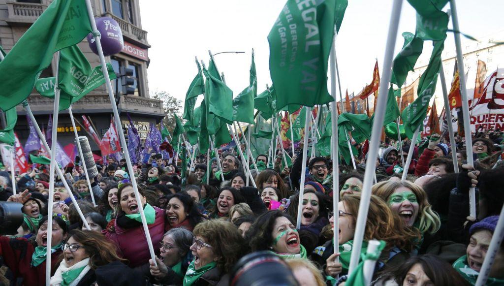 Argentinski poslanci podprli legalizacijo splava