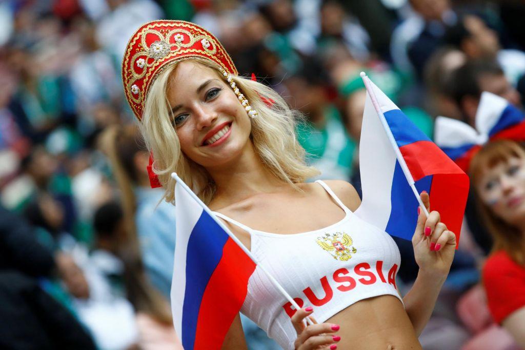 FOTO:Putin odprl prvenstvo za 12 milijard evrov (FOTO)