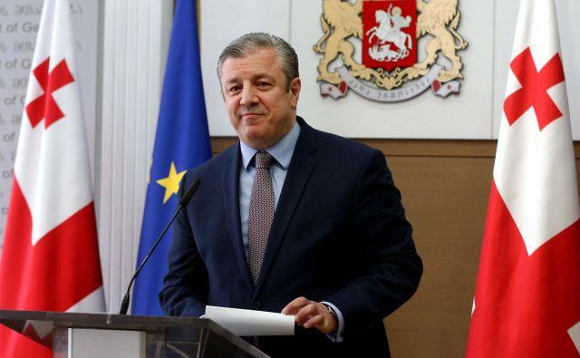 Petdesetletni gruzijski premier Giorgi Kvirikašvili, ki je konec leta 2015 prevzel vodenje vlade, je odstopil tudi zaradi nestrinjanja z vodjo vladajoče stranke Gruzijske sanje. FOTO: AFP