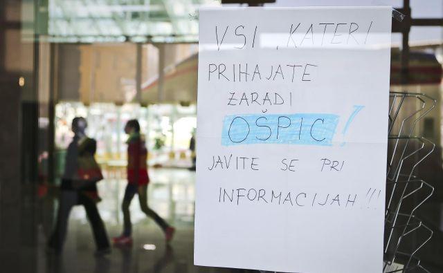 K cepljenju je pozvala tudi medicinska sestra, ki se je pred tremi leti okužila na ljubljanski pediatrični kliniki. FOTO: Jože Suhadolnik