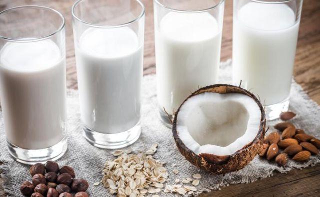 Kokosova voda je vedno bolj priljubljena med ljudmi, ki sledijo zdravim življenjskim slogom. Foto Shutterstock