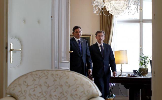 Tako Pahor kot Cerar sta bila v odzivu na odločitev evropske komisije precej ostra. FOTO: Matej Družnik/Delo