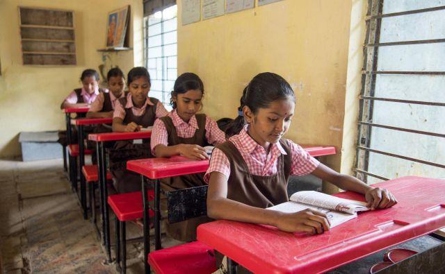 Izobrazba starše drago stane, zato hčerke silijo v poroko. FOTO: Shutterstock