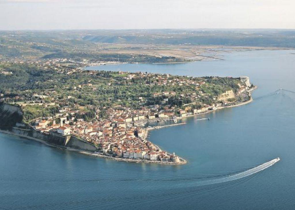 Odštevanje dni do vložitve tožbe proti Hrvaški