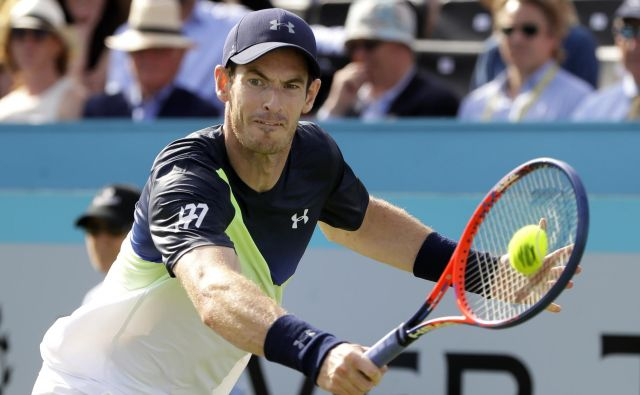 Andy Murray je včeraj spet zaigral po 342 dneh. Foto AP