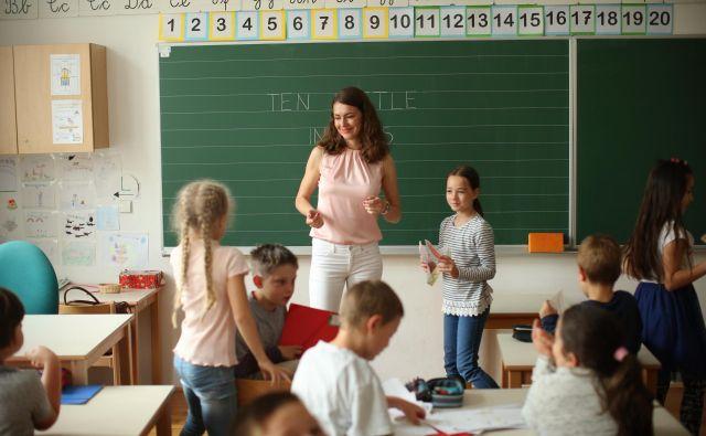 Letos je osnovno šolo obiskovalo skoraj pet tisoč učencev več kot lani. FOTO: Jure Eržen/Delo