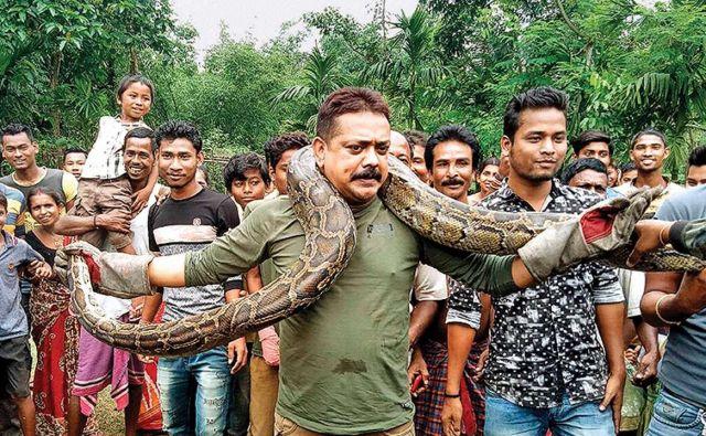 Sanyaj Dutta bi poskus selfieja kmalu plačal z življenjem. Foto Foto Youtube