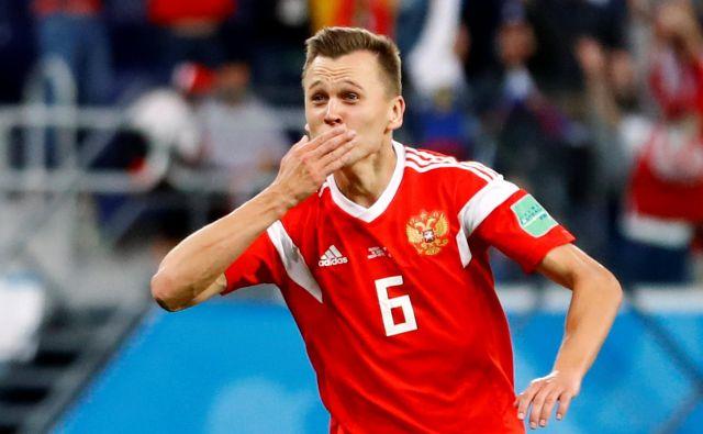 Denis Čerišev se je od rezervista spremenil v prvega strelca ruske reprezentance. FOTO: Reuters