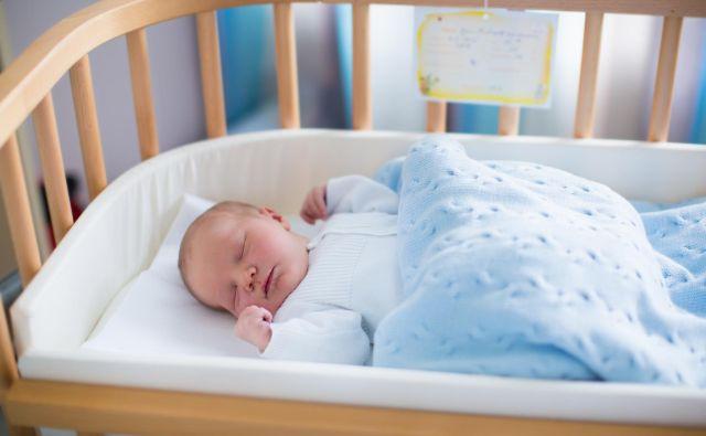 Kar 64 odstotkov staršev, vključenih v britansko študijo, je presenečenih, ko pogledajo nazaj, da so v prvih mesecih sploh lahko delovali tako dobro kot so. FOTO: iStockphoto
